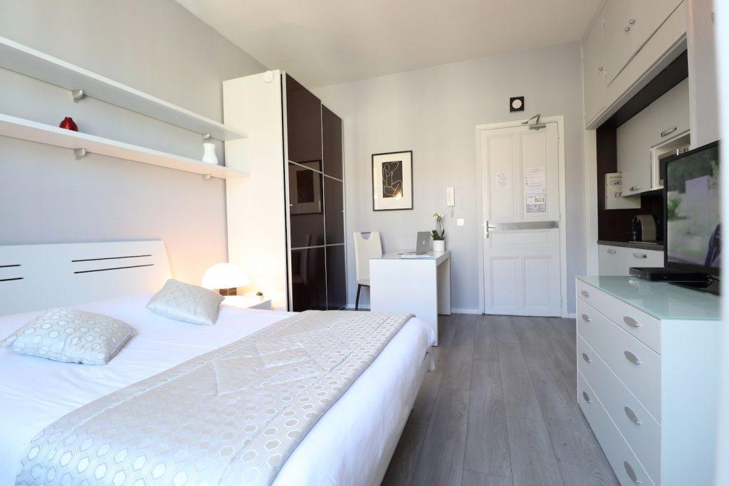 Executive studio aparthotel nice lamartine residence for Agencer un studio